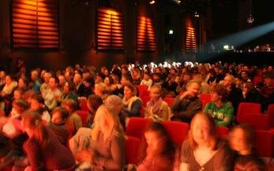 Kinosaal Flimmern und Rauschen