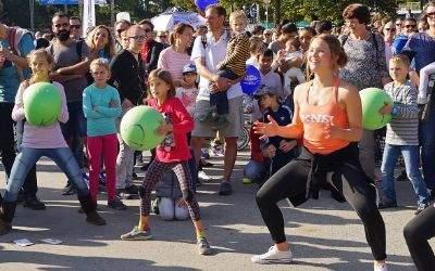 Outdoorfestival im Olympiapark bei Traumwetter