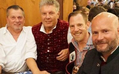 Bräurosl Karolin Weidner, Thomas Niederbühl, OB Dieter Reiter, Ralph Schaffelhofer, Stadtrat Christian Vorländer.