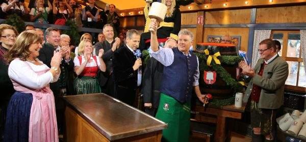 Impressionen vom Wiesn-Anstich 2016 mit Oberbürgermeister Dieter Reiter