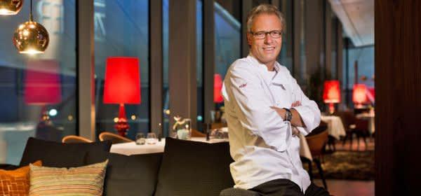 Koch Bobby Bräuer im EssZimmer in der BMW Welt
