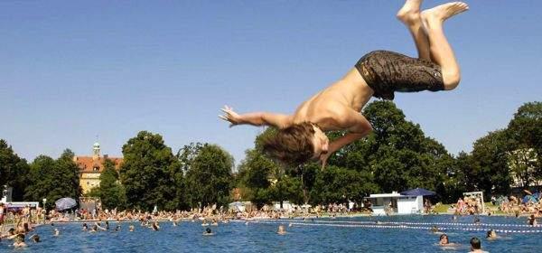 Schyrenbad: Sprung ins Becken