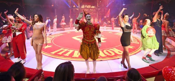 Circus Roncalli: Manege mit Finale